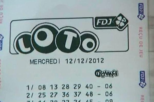 Un chèque de 12 millions d'euros, gain record dans les Ardennes, du 12 -12- 2012