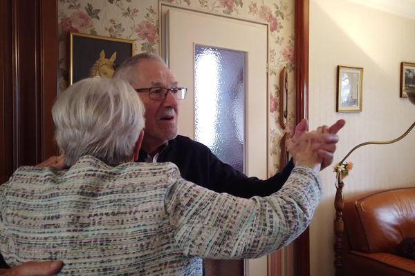 Marie-France et Kléber Landais valsent ensemble depuis 72 ans