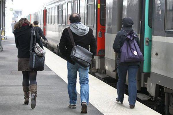 Amiens. Il n'est pas rare d'attendre son train, attendre qu'il parte, attendre qu'il redémarre, attendre qu'il arrive, attendre...