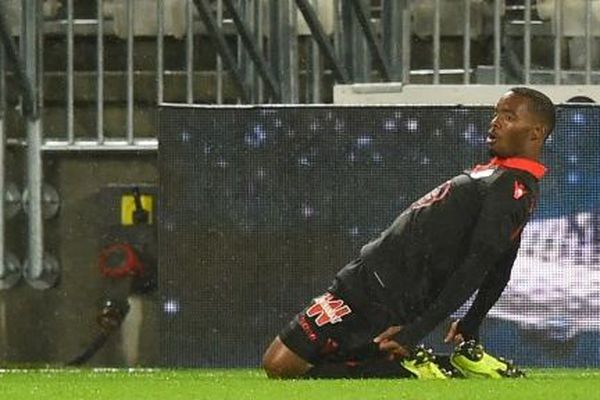 L'Aiglon Wylan Cyprien, après son but marqué à la 54e minute.