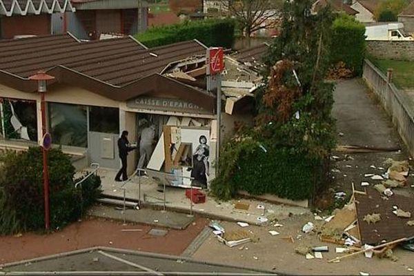 Banque de Saint-Vallier en Saône-et-Loire attaquée à l'explosif