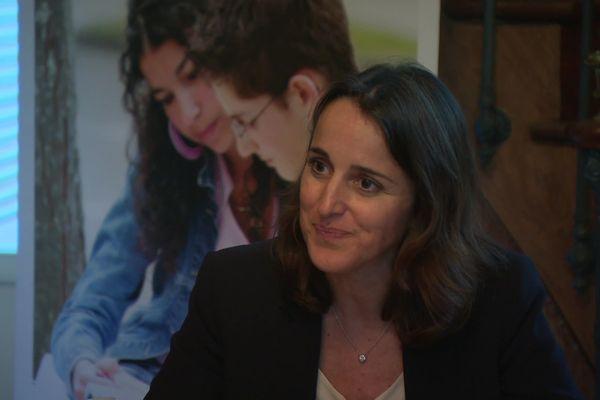 La rectrice de l'académie d'Amiens, Stéphanie Dameron, en conférence de presse vendredi 13 mars 2020