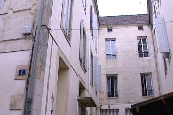 C'est dans cet immeuble au 1er de la rue Buffon à Bergerac que s'est produit le drame.