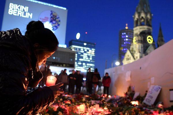 L'attentat de Berlin a fait 12 morts et des dizaines de blessés.