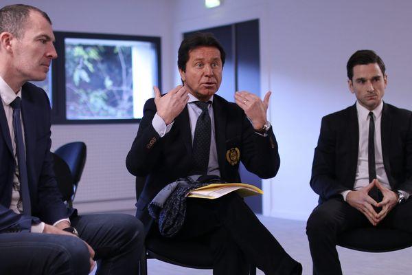 Le président du FC Nantes Waldemar Kita (au centre), entouré notamment de Yoann Joubert (à gauche), PDG d'une compagnie immobilière et instigateur du projet.