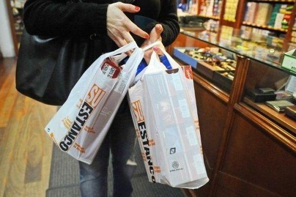 Les fumeurs transfrontaliers vont pouvoir profiter de l'arrêt de la limitation d'achat de cigarettes à l'étranger