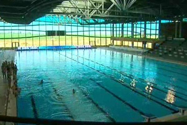 La piscine olympique a ouvert ses portes le 3 mai 2010 dans l'Est de l'agglomération dijonnaise