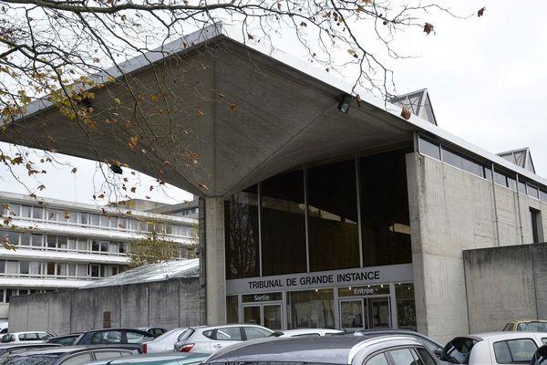 Le procès en appel a lieu au palais de Justice d'Evry à partir de lundi.