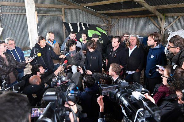 Les habitants de la ZAD présentent leur projet agricole à la presse à Notre-Dame-des-Landes
