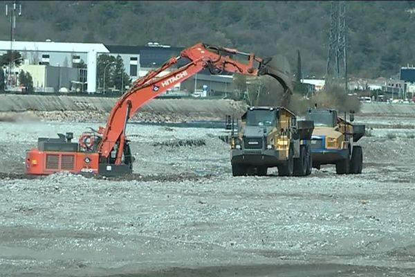 Les travaux dans la plaine du Var pour sécuriser les berges