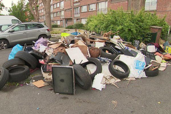 A la suite du déconfinement, de nombreuses décharges sauvages ont fait leur apparition dans les villes de la métropole lilloise