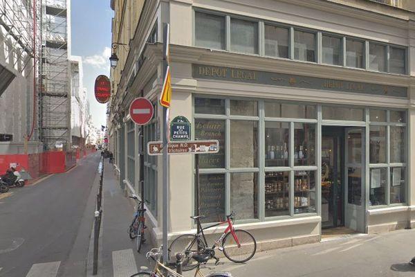 """Le restaurant le Dépôt Légal servait une salade baptisée """"tching tchong""""."""