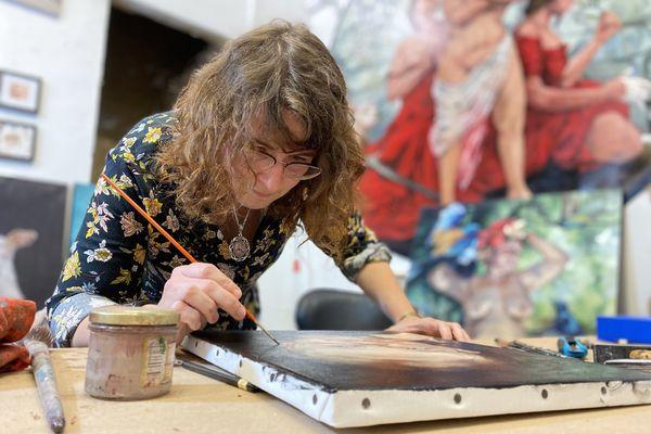 Aurore Levasseur s'est spécialisée dans le détournement des œuvres classiques.