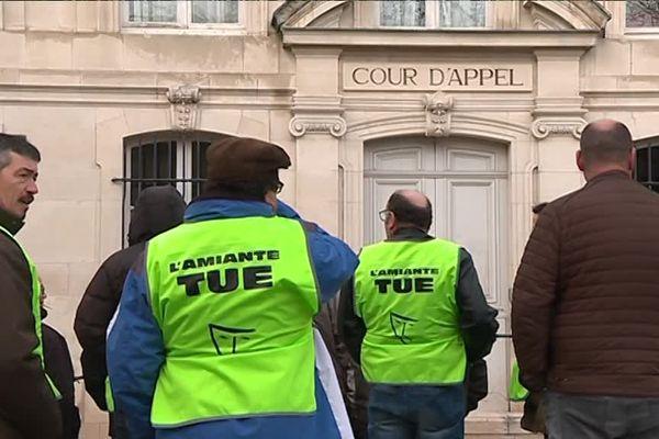 Samedi 17 février 2018, la cour d'appel de Nancy reconnaissait le préjudice d'anxiété pour trente six salariés et anciens salariés de la Cristallerie de Baccarat, exposés aux poussières d'amiante dans les années 70 et 80.