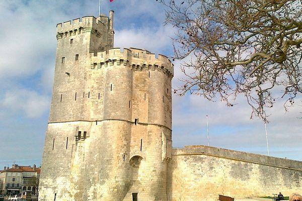 A La Rochelle, la Tour St-Nicolas est fermée au public.