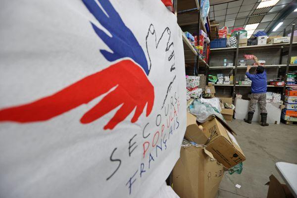 Après l'achat d'un jouet chez un commerçant du centre-ville, les clients pourront choisir l'association à laquelle ils souhaitent faire leur don : les Restos du Cœur ou le Secours Populaire.