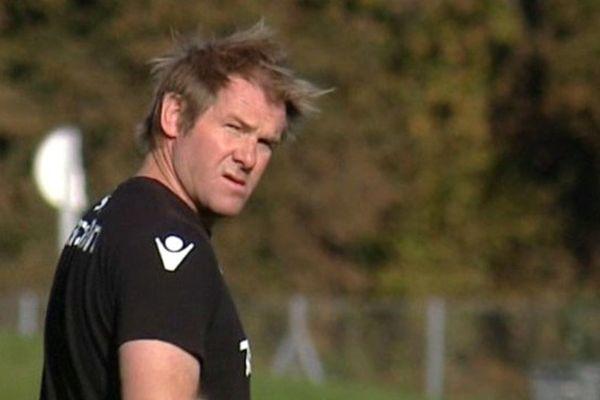 Simon Mannix, manager neo-zélandais de la Section paloise.