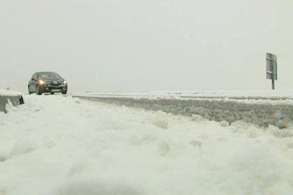 Jusqu'à 8 cm de neige par endroit ce dimanche dans la plaine d'Argentan