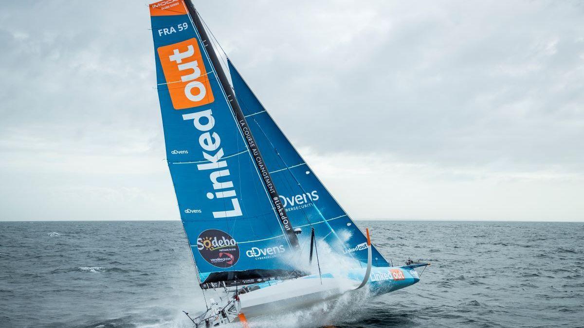 Vendee Globe 2 A Bord De Linkedout Le Skipper Thomas Ruyant S Engage Pour L Inclusion