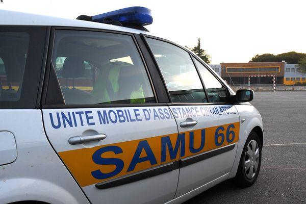 Perpignan - un véhicule du Samu 66 - archives.