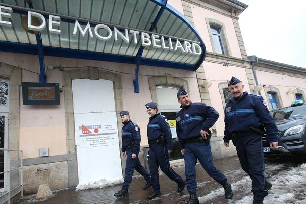 La police municipale de Montbéliard a été la première du Doubs a être équipée d'arme à feu en janvier