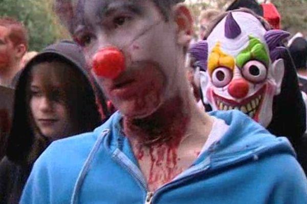 Marche des Zombies- Lyon le 13/10/2012