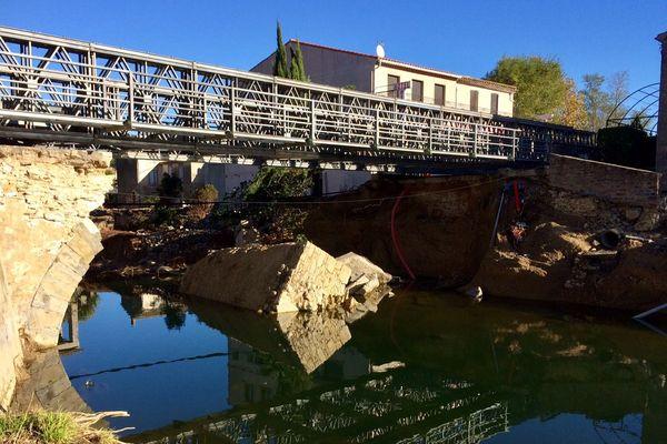 Villegailhenc (Aude) - le pont provisoire bientôt en service - novembre 2018.