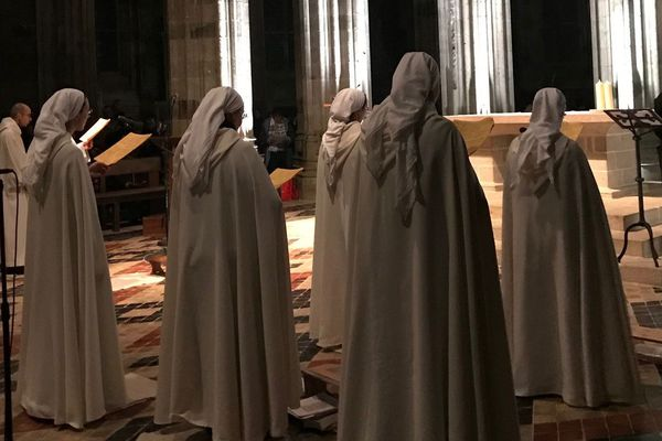 La messe de Noël du Mont Saint-Michel a rassemblé 750 personnes dans l'abbaye du Mont.