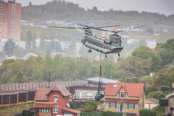 Un exercice d'hélicoptère dans le cadre du Royal Black Hawck