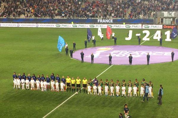 L'équipe de France affrontait le Cameroun au stade des Alpes