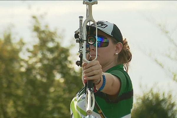 Océane Halna vise un 3e titre de championne de France de tir à l'arc