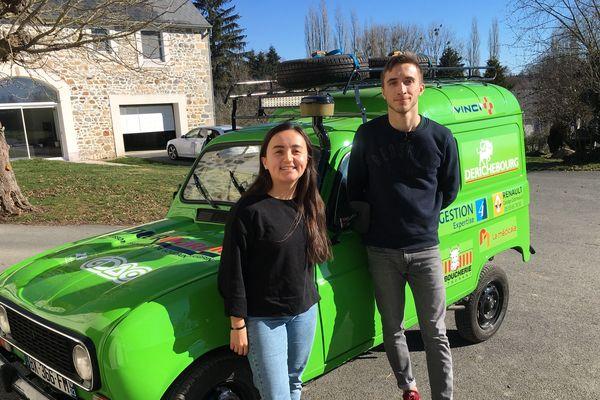 Raphaël Boulinguez et Elisa Chassagne, 20 ans, participent au 4L Trophy.