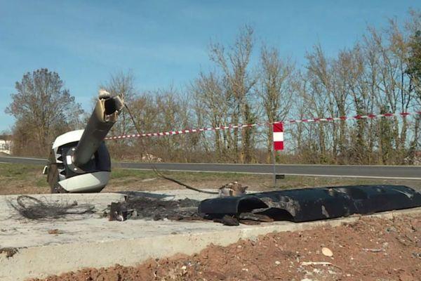Au bord de la route de Cordes-sur-Ciel dans le Tarn, ce radar tourelle est le troisième incendié et détruit ces dernières semaines.
