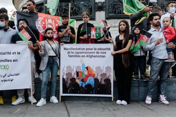 Rassemblement d'Afghans à Paris ce dimanche.