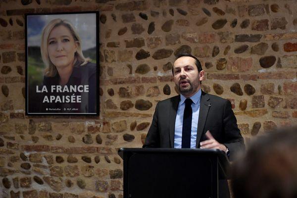 Sébastien Chenu, candidat du Rassemblement National pour les élections régionales dans les Hauts-de-France, espère finir le boulot laissé par Marine Le Pen: battre Xavier Bertrand.