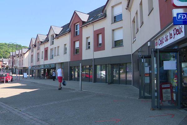 Mai 2020 – Les boutiques du nouveau quartier La Croix d'Alizay (Eure)