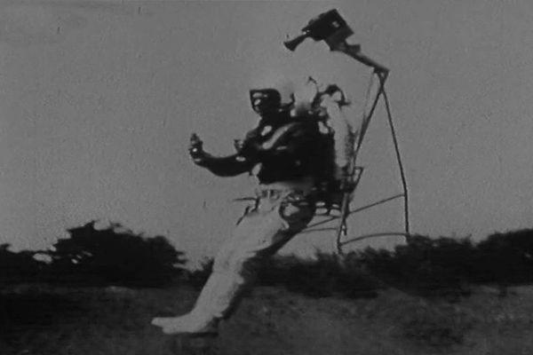 Un homme-volant en 1966