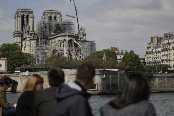 Notre-Dame de Paris deux jours après l'incendie.