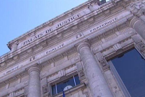 Le délibéré a été rendu aux alentours de 23 heures au tribunal de Tulle.
