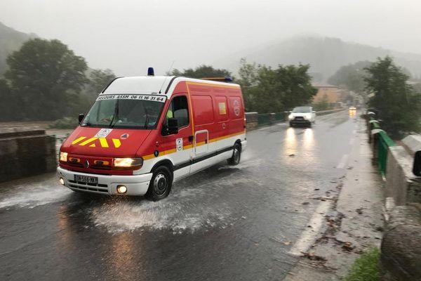 Depuis ce matin, les pompiers procèdent à plusieurs mises en sécurité de personnes.