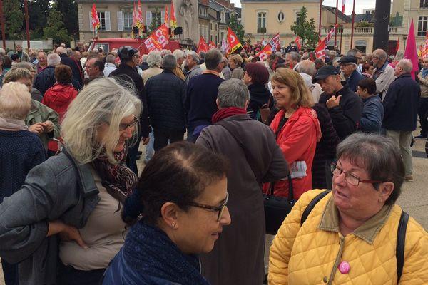 500 retraités ont manifesté le jeudi 28 septembre 2017 devant la préfecture du Mans