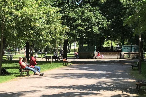 Une heure après la réouverture du parc du Contades, la vie y avait (presque) repris comme si de rien n'était.