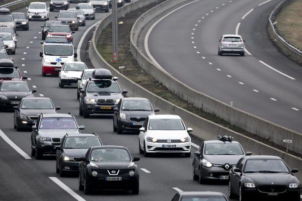 Des embouteillages (ici, sur l'autoroute A43, en décembre 2017).