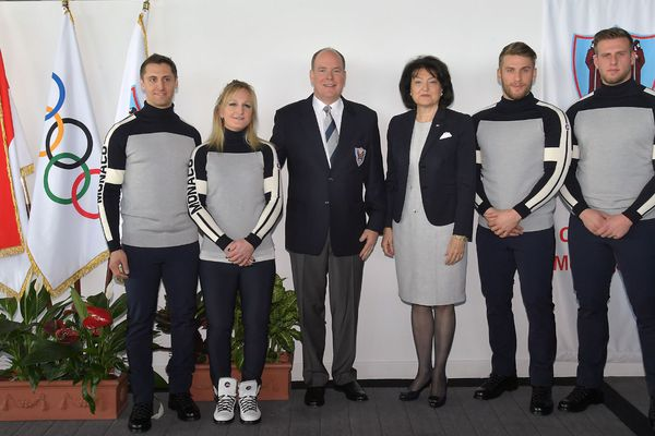 De gauche à droite : Olivier Jenot, Alexandra Coletti, S.A.S. le Prince Albert II, S.E. Mme Yvette Lambin-Berti, Rudy Rinaldi et Boris Vain.