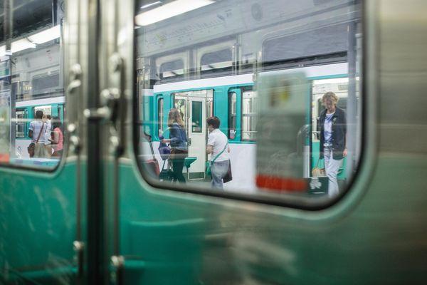 Le métro parisien.