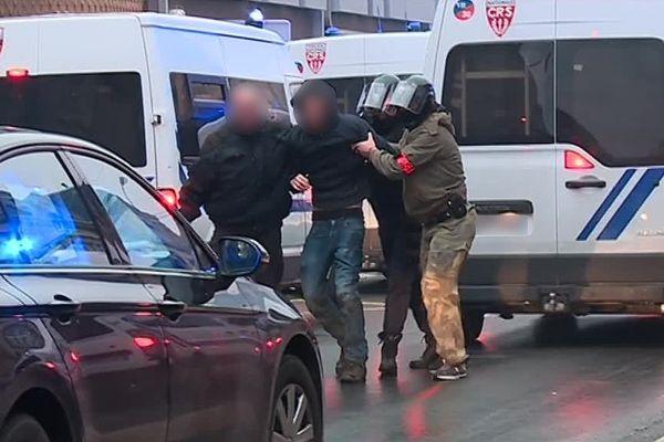 Interpellation lors des manifestations des gilets jaunes à Charleville-Mézières.
