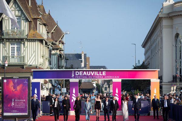 Sur le tapis rouge du festival du cinéma américain, l'arrivée du jury de la 47e édition présidé par Carlotte Gainsbourg