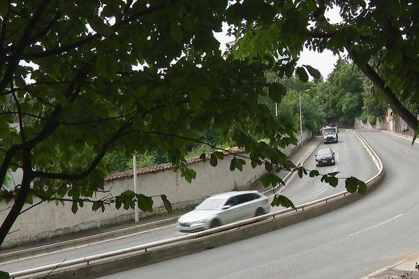 La montée de Choulans, un axe particulièrement dangereux au-dessus du tunnel de Fourvière, a été le théâtre de deux accidents mortels en une semaine en juin 2021