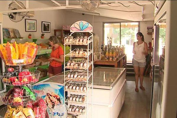 Suite à une coupure d'électricité, les commerçants de Collias ont perdu beaucoup de marchandises.