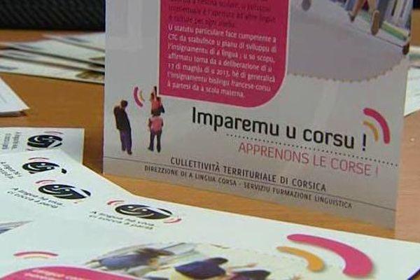 Les cours de langue corse sont organisés par la collectivité territoriale de Corse